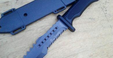 cuchillos militares