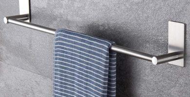 toallero adhesivo